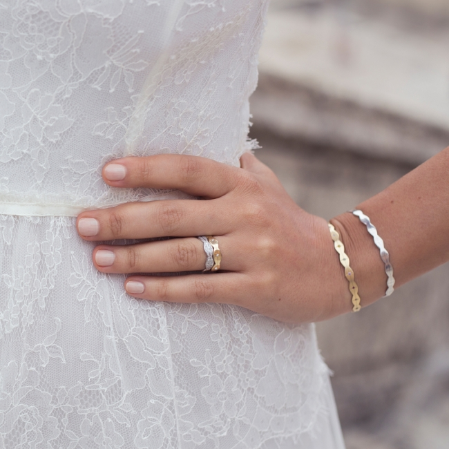 Verigheta Infinity, lata, cu diamante albe, din aur alb