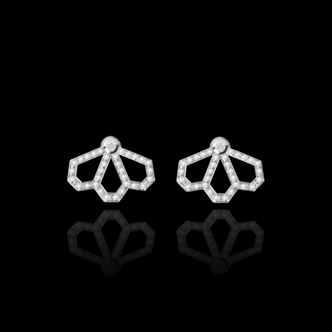 Cercei Infinity Monte Carlo cu 3 petale, din aur alb de 18 kt, cu diamante albe