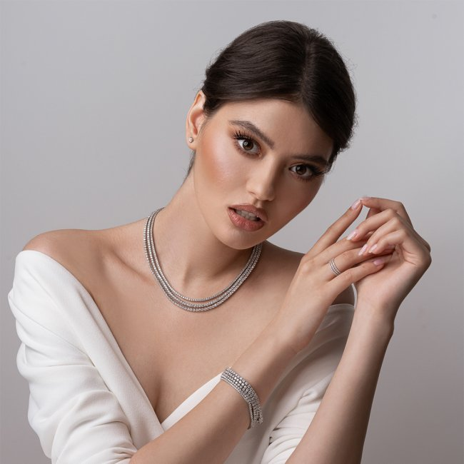 Cercei Studs cu diamante albe 18 kt, 0.30 ct
